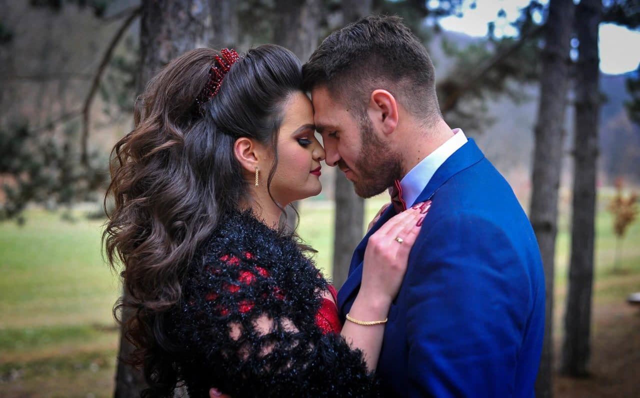 Hispanos confían en Internet para encontrar amor