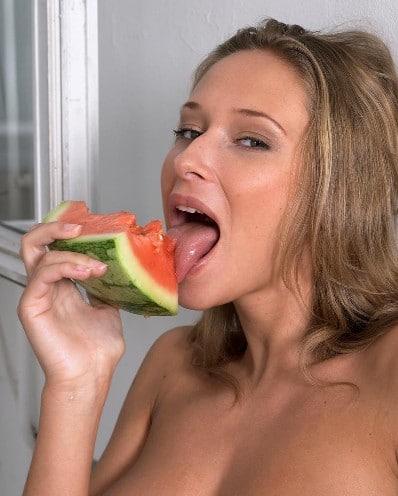 A Verónica le gusta la sandía
