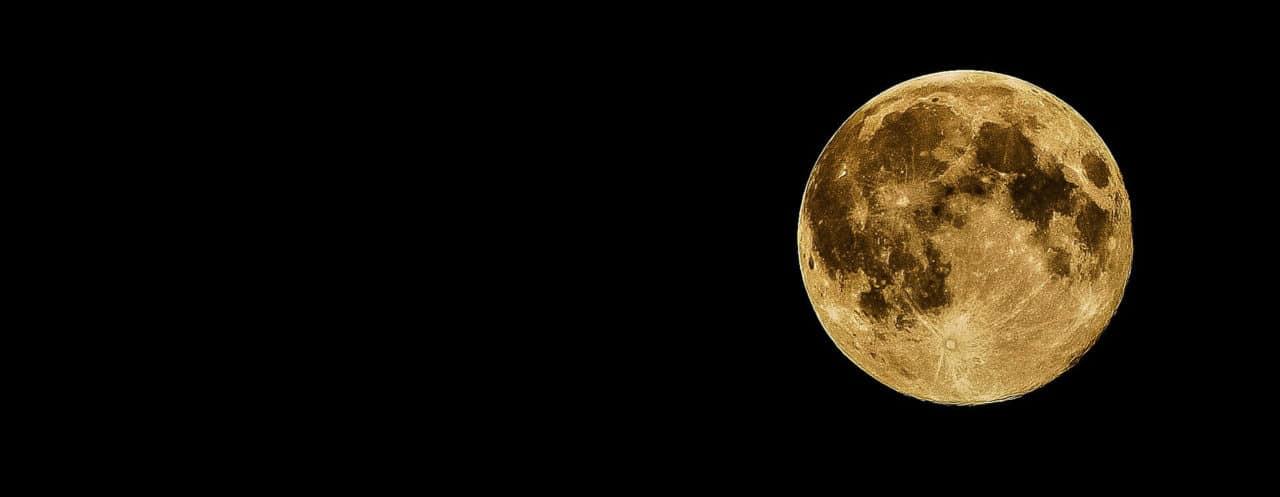 Empresa ofrece depositar las cenizas de sus familiares en la Luna
