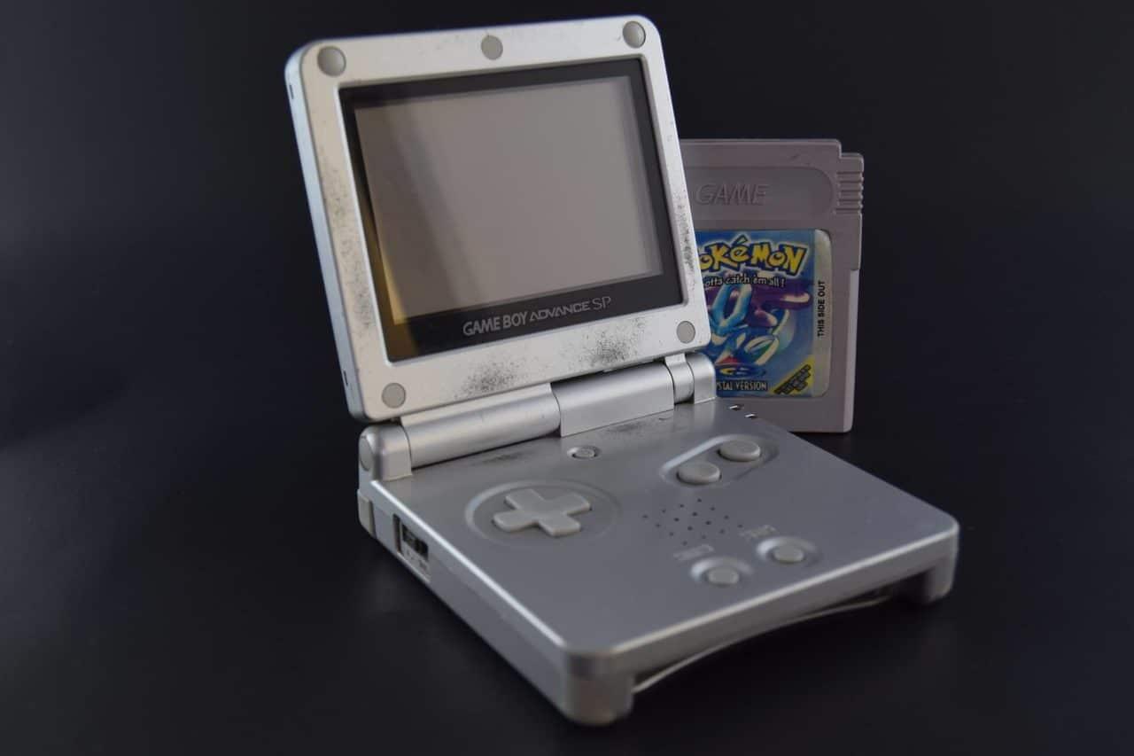 Nintendo presenta una versión mejorada de su GameBoy Advance