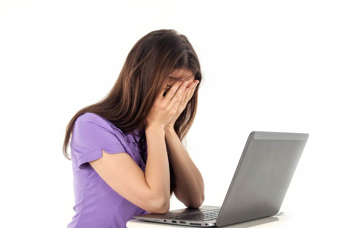 Británicos usan Internet en casa para evitar despidos en el trabajo
