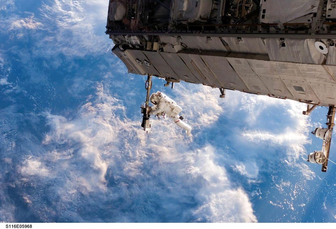 Rusia estudia suspender misiones a Estación Espacial