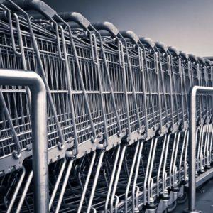 Olvídese de la notita: el carrito del supermercado le dice qué comprar