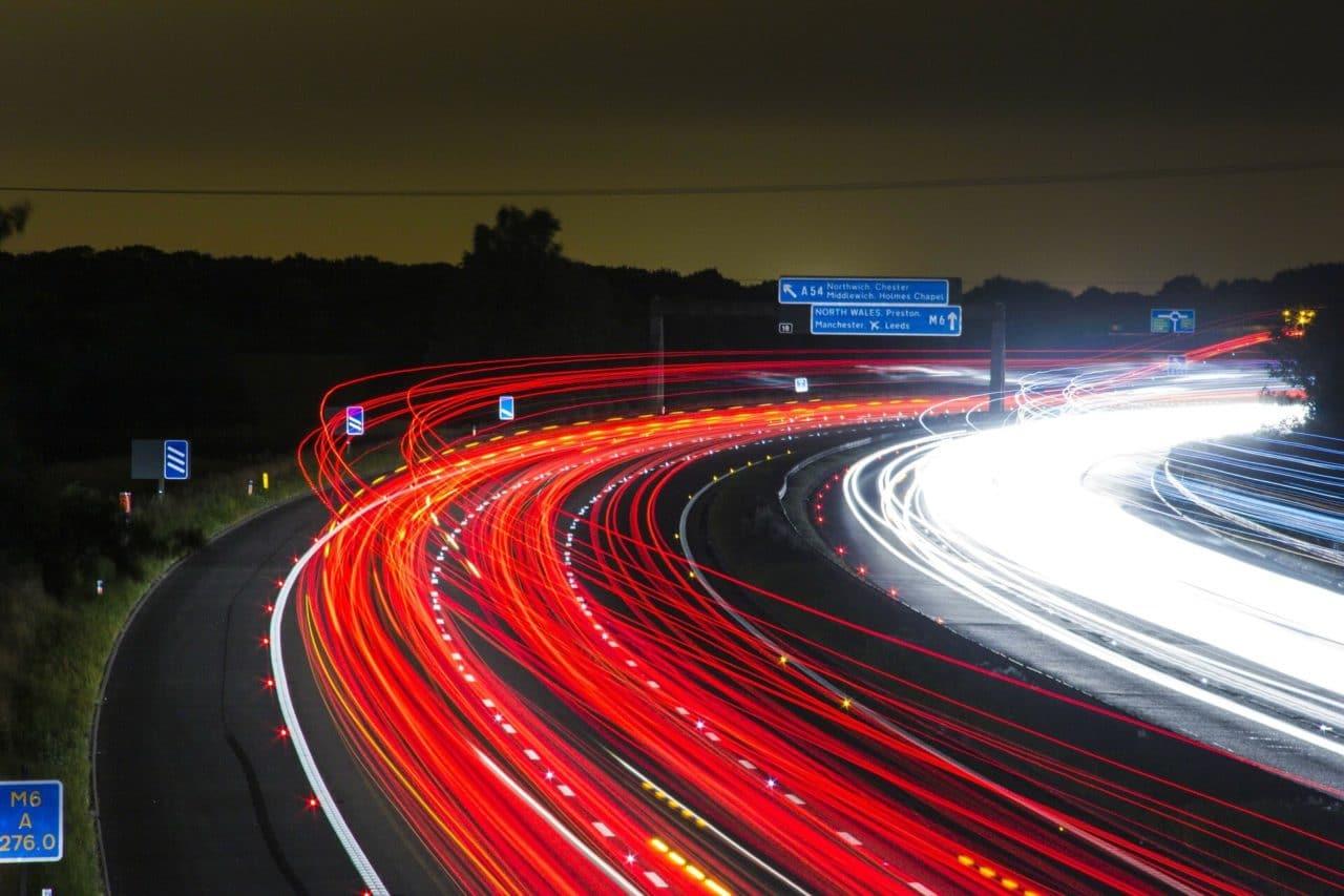 Velocidad de vértigo para las autopistas de la información